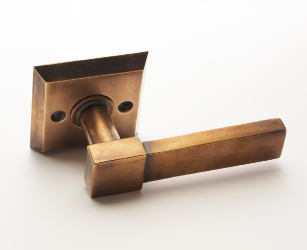 SA Baxter Rustic Door Lever (LV-2108) Finished in Antique Bronze