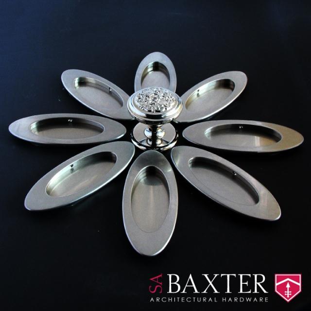 SA-Baxter-Pocket-Pull-PP-3006-Judith-Frey-Door-Knob-DK-4902_WEB